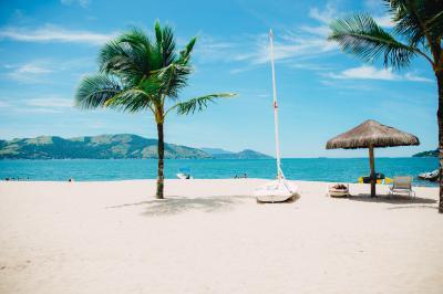 החזר מס ליוצאים לחופשה ללא תשלום - על חלת ומס הכנסה